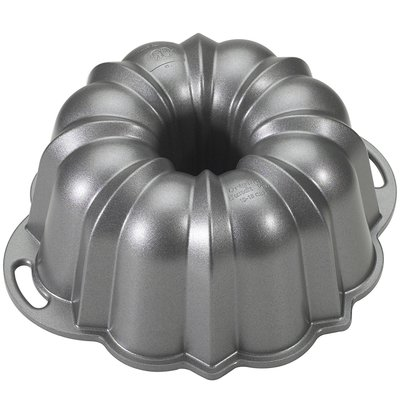 Nordic Ware Platinum Collection Bundt Pan