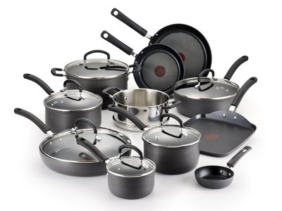 T-fal Hard Anodized Titanium Thermo-Spot Cookware Set, 17 Pieces